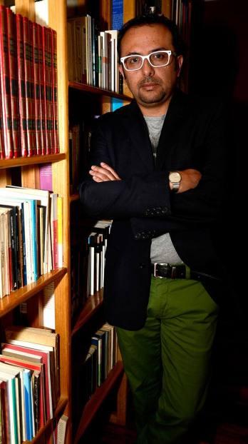 Juan Pablo Castro, escritor cuencano, autor de la novela Los años perdidos, que publicó con el sello Alfaguara y presentó recientemente. Estuardo Vera
