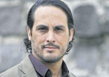 Ricardo González es un ufólogo peruano y habla sobre los extraterrestres y el cine. Foto: EL COMERCIO.