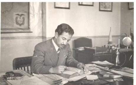 Leonardo Páez in the 1940s at Radio Quito in Ecuador. After the station's 'War of the Worlds' adaptation, which lead to the death of six people, Páez took much of the blame. Courtesy Ximena Páez