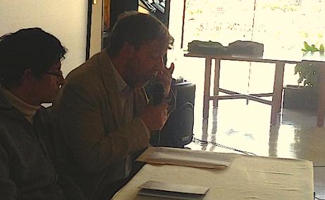Eliécer Cárdenas en la presentación del libro Los improductivos de Cristián Londoño.