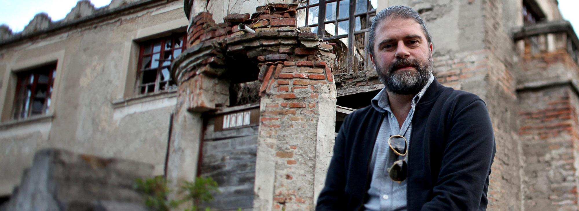 El cineasta ecuatoriano Sebastián Cordero recibe invitación para formar parte de la Academia Cinematográfica de Hollywood
