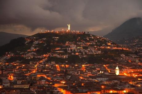 Quito night