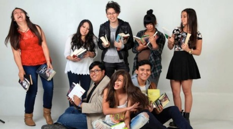 Los 'booktubers' son una comunidad virtual que reseña libros a través de videos. Foto: Armando Prado/ EL COMERCIO.