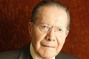 El escritor Alfonso Barrera Valverde.